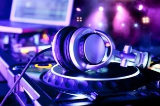 Music-DJ-1200x800-03